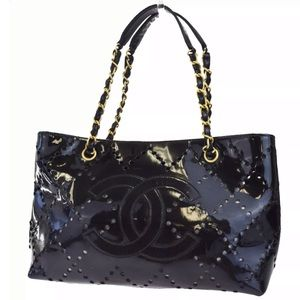 CHANEL CC LOGOS PATENT TOTE~ CERTIFIED AUTHENTIC